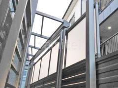 施工例画像:雨除け屋根 目隠しフェンス塀