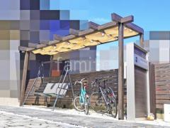 施工例画像:フル木製調テラス屋根 タカショーJ/EUポーチ1階