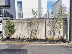 施工例画像:シンボルツリー ヤマボウシ ソヨゴ エゴノキ 植栽 ロックガーデン ユニソン ワズロック