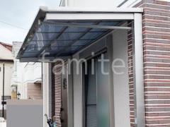 施工例画像:1階テラス屋根 四国化成 2階ベランダ屋根 YKKAP ソラリアF